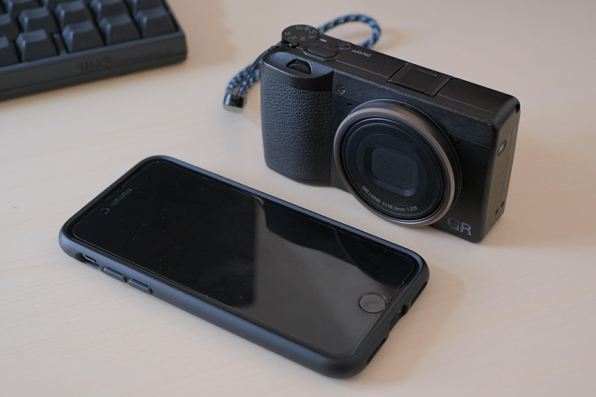 GR3とiPhone 8